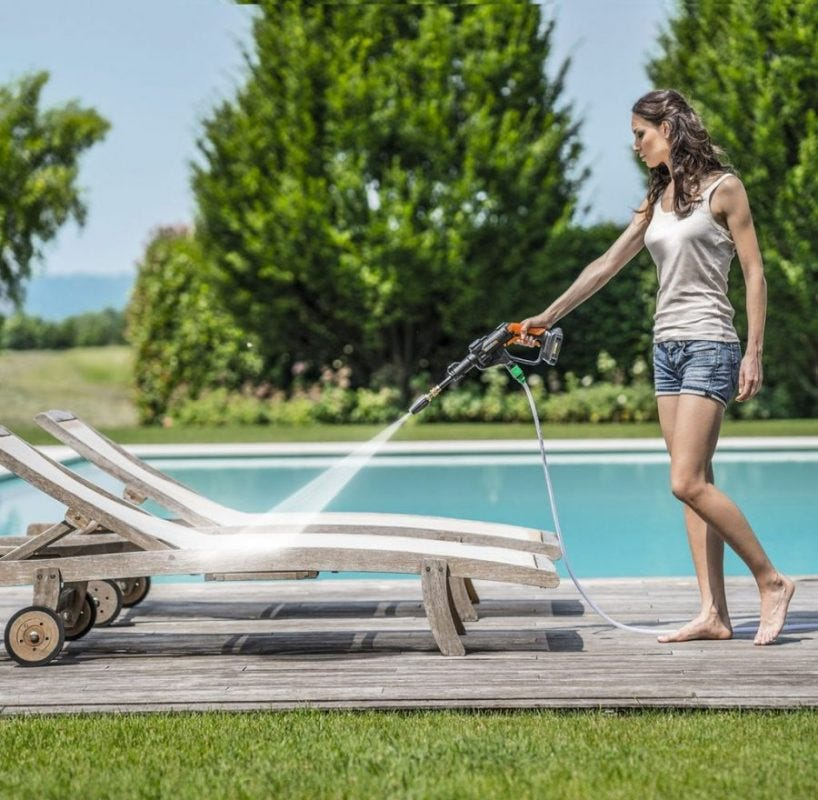 Clean chairs with the WORX Hydroshot